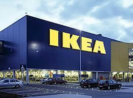 Ingvar Kamprad abandonará dirección de compañía que controla marca de IKEA